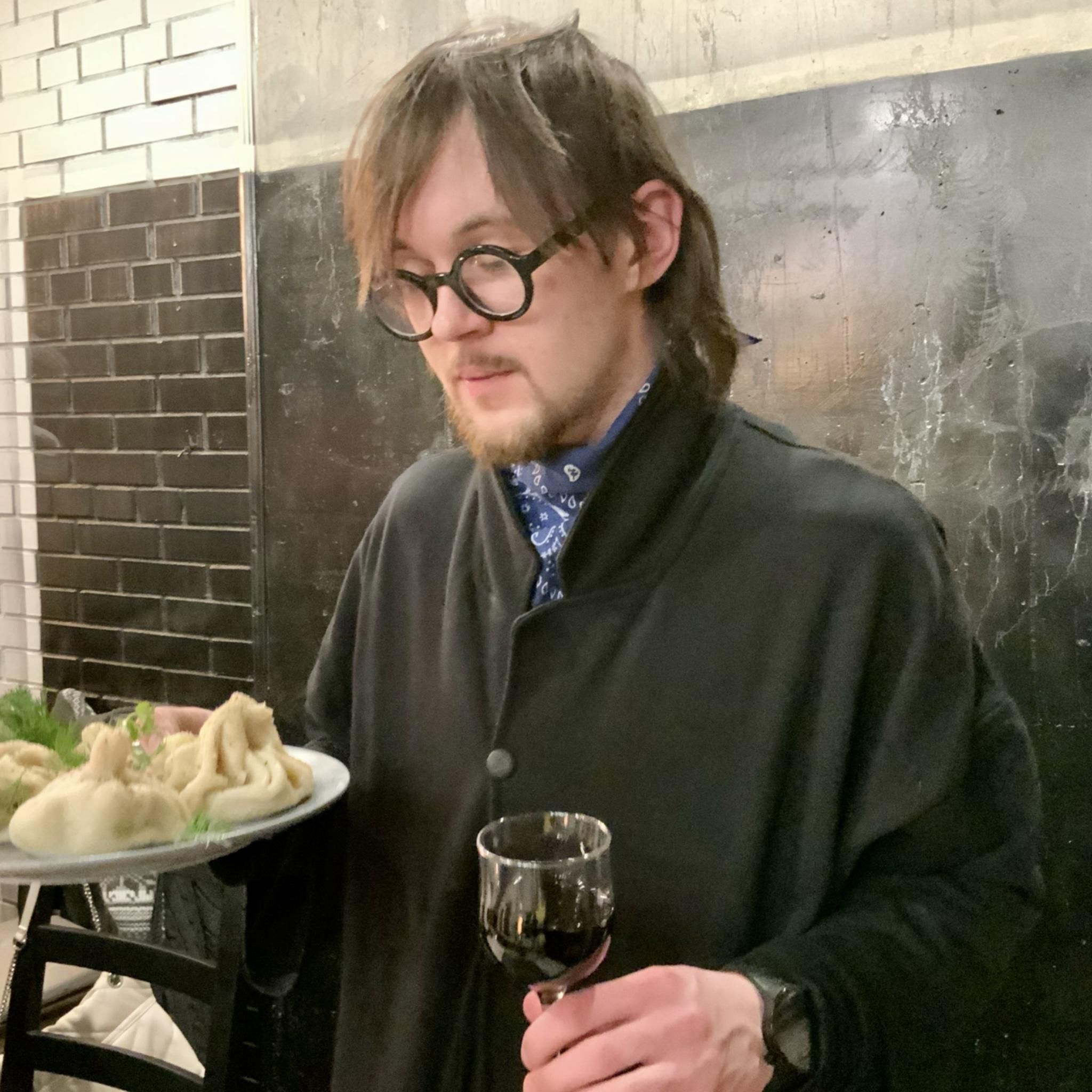 Вино и грузинская еда в кулинарной студии про-еду